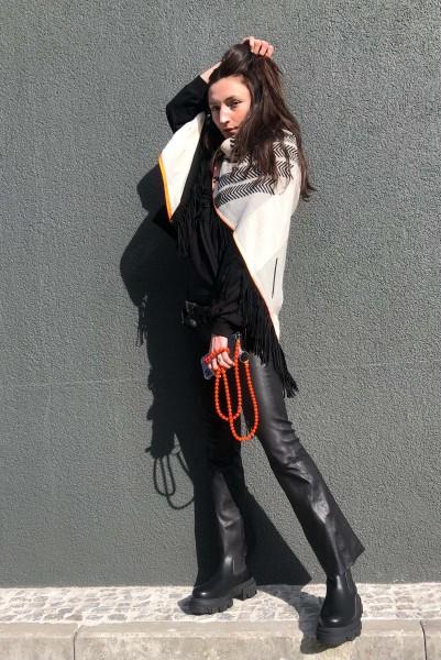 Poncho black/white Fluo Orange