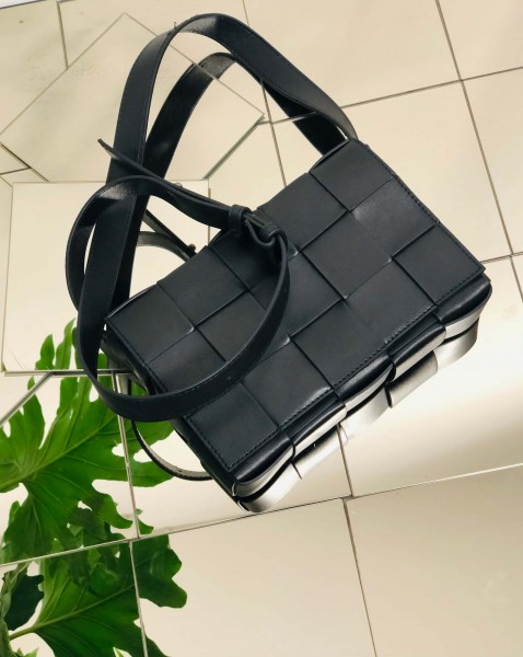 Tana Bag Soft Lamp Leather black