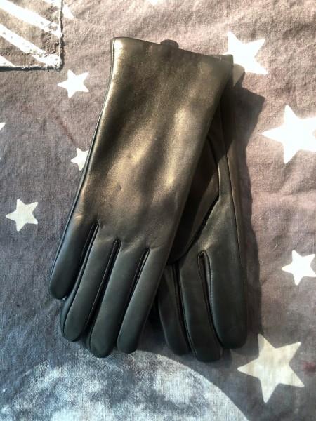 Greta Garbo black Touch Solution