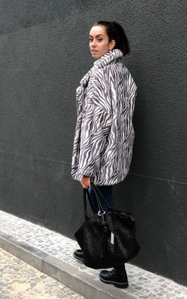 Winnie Zebra Grey/White