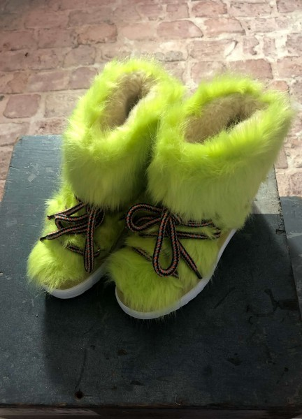 Snow Boot in Flur Faux Fur Lime