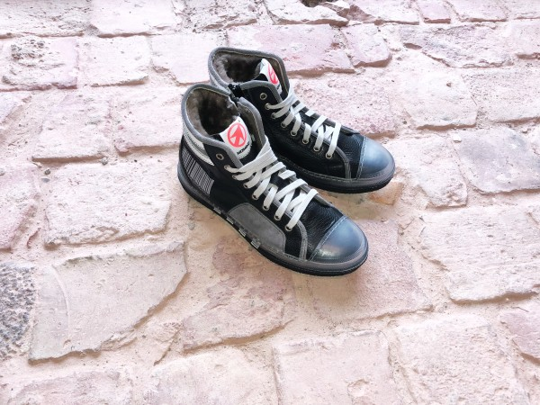 Sneaker Shock Nero Portog
