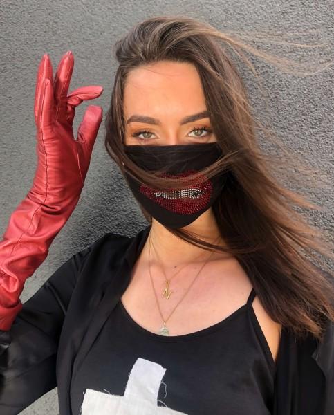 Vira X Crystal Biting Lip Mask