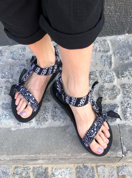 Trekky Sandals black