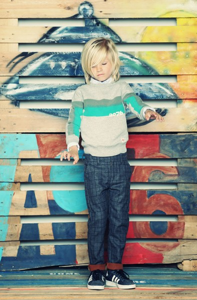 C-Neck Sweater Stripes mild oxfort