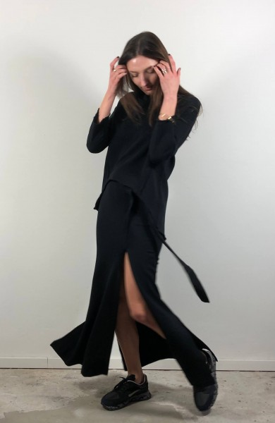 Belted Long Skirt black